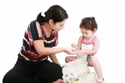 Baby Sign Language. Child Learning. Image courtesy of David Castillo Dominici at FreeDigitalPhotos.net