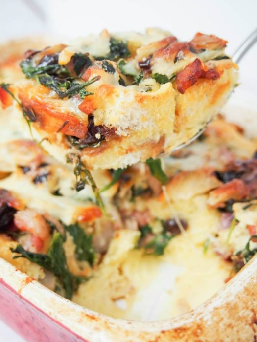 Because Mother's Day is all about breakfast! Enjoy this Overnight breakfast bake!