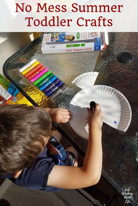 Looking for No Mess Summer Toddler Crafts? Look no further because Kwix Stix are a no-mess way to paint!   Fab Working Mom Life #parenting #toddlers #toddlercraft #toddleractivity